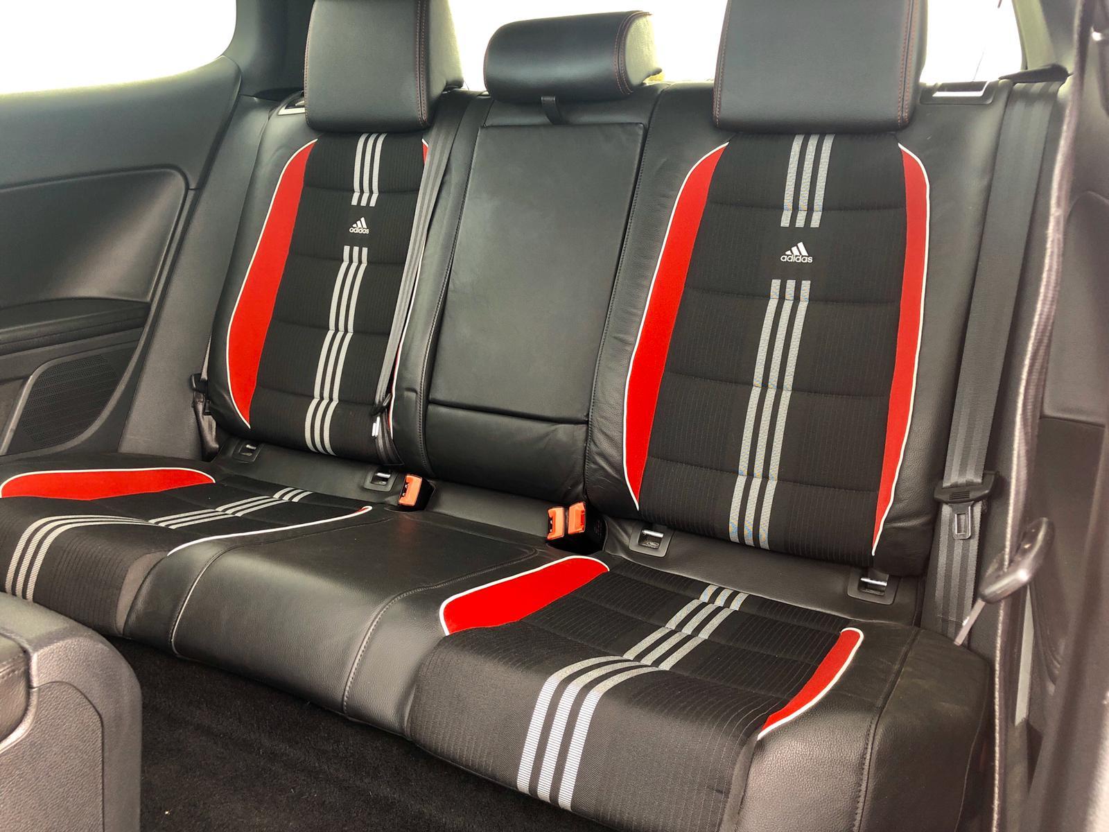 Enajenar Ondular Egoísmo  Sprzedany: Volkswagen Golf VI GTI Adidas Edition 2.0 TSI 211KM – 2012r. -  VAGcars.pl